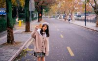 秋天里的小姐姐 漂亮极了